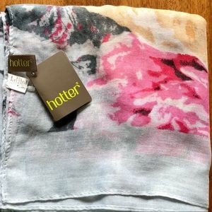 Hotter brand floral scarf/wrap NEW WITH TAGS!